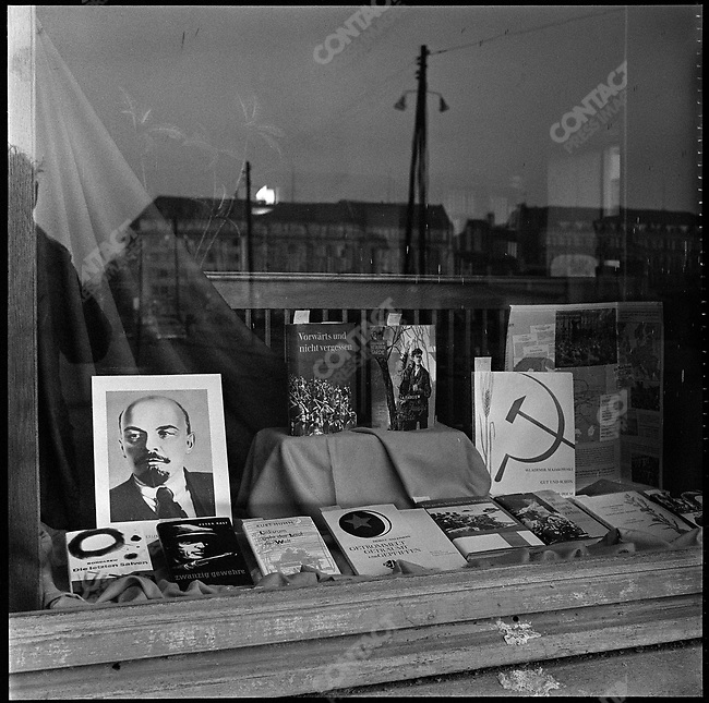 Window display in East Berlin, at the time of the construction of the Berlin Wall, Germany, November 1961