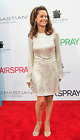 Kelly Preston at the premiere of 'Hairspray' at the Mann Village Theater in Westwood, Los Angeles, California on July 10, 2007. Photopro.