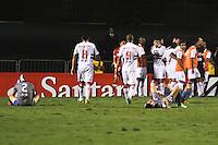 ATENÇÃO EDITOR: FOTO EMBARGADA PARA VEÍCULOS INTERNACIONAIS SÃO PAULO,SP,28 NOVEMBRO 2012 - COPA SULAMERICANA - SÃO PAULO (BRA) x UNIVERSIDAD CATÓLICA (CHI) - jogador do São Paulo  durante partida São Paulo x Uniersidad Católica  válido pelas semi final  da copa sulameircana no Estádio Cicero Pompeu de Toledo  (Morumbi), na região sul da capital paulista na noite quarta feira (28).(FOTO: ALE VIANNA -BRAZIL PHOTO PRESS).