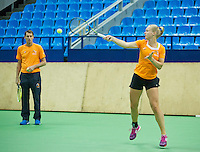Moskou, Russia, Februari 3, 2016, Fed Cup Russia-Netherlands,  Practise Dutch team,   Kiki Bertens  with captain Paul Haarhuis<br /> Photo: Tennisimages/Henk Koster