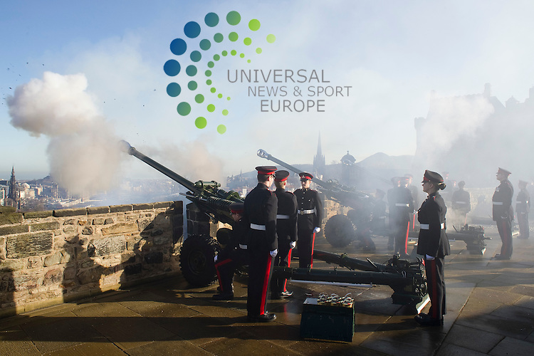 Gunners from 105 Regiment Royal Artilery fire a 21 guny salute to celebrate the 60th anniversary of the Queen's accession to the throne from Mills Mount Battery, Edinburgh Castle, Scotland, 6th February, 2012..Picture:Scott Taylor Universal News And Sport (Europe) .All pictures must be credited to www.universalnewsandsport.com. (Office)0844 884 51 22.