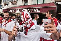 Europe/France/Aquitaine/64/Pyrénées-Atlantiques/Pays-Basque/Bayonne: Fêtes de Bayonne Rue du Pilori