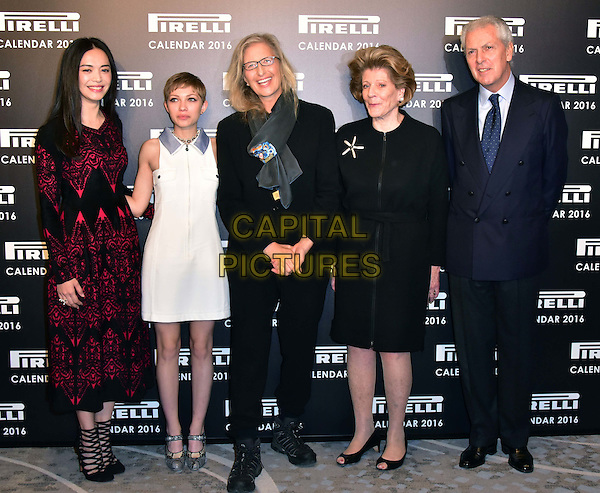 LONDON, ENGLAND - NOVEMBER 30: Yao Chen, Annie Leibovitz, Tavi Gevinson, Agnes Gund, Marco Tronchetti at a photocall for the launch of the 2016 Pirelli calendar in London on November 30, 2015<br /> CAP/JOR<br /> &copy;JOR/Capital Pictures