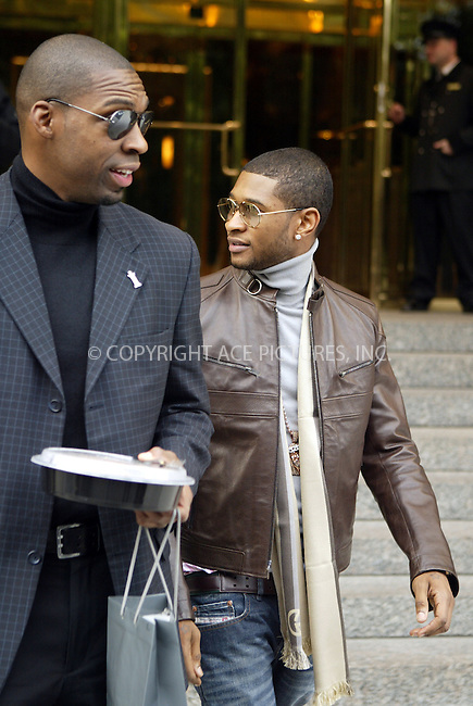 WWW.ACEPIXS.COM ** ** ** ..NEW YORK, OCTOBER 19, 2004: USHER AT HIS MIDTOWN HOTEL. Please byline: Philip Vaughan -- ACE PICTURES... *** ***  ..Ace Pictures, Inc:  ..Alecsey Boldeskul (646) 267-6913 ..Philip Vaughan (646) 769-0430..e-mail: info@acepixs.com..web: http://www.acepixs.com