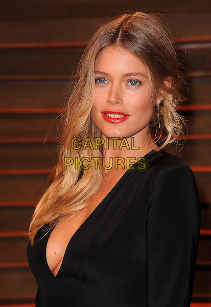 WEST HOLLYWOOD, CA - MARCH 2: Doutzen Kroes arrives at the 2014 Vanity Fair Oscar Party in West Hollywood, California on March 2, 2014.  <br /> CAP/MPI/MPI213<br /> &copy;MPI213/MediaPunch/Capital Pictures
