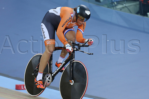04.03.2016. Lee valley Velo Centre. London England. UCI Track Cycling World Championships Womens 500m time trial.  LIGTLEE Elis (NED) on her way to a bronze medal