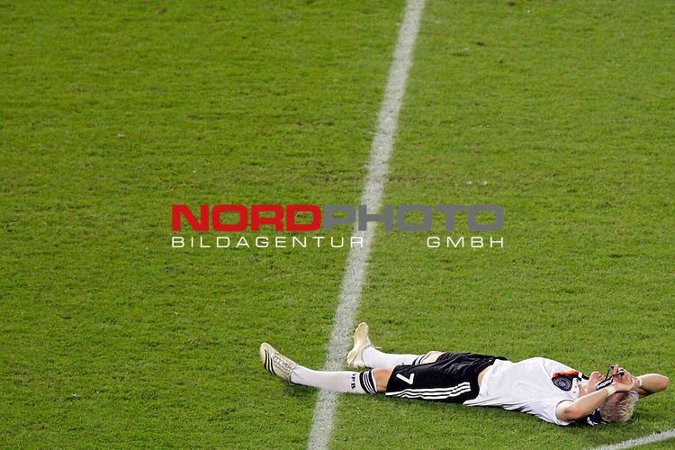 UEFA Euro 2008  Finale - Spanien Europameister 2008<br /> <br /> Vienna - Ernst Happel Match 32<br /> Deutschland ( GER ) - Spanien ( ESP ) 0:1<br /> <br /> Bastian Schweinsteiger ( Germany / Mittelfeldspieler / Midfielder /  Bayern Muenchen #7) am Boden liegend nach der Niederlage <br /> Foto &copy; nph (  nordphoto  )<br /> <br /> <br /> <br />  *** Local Caption ***