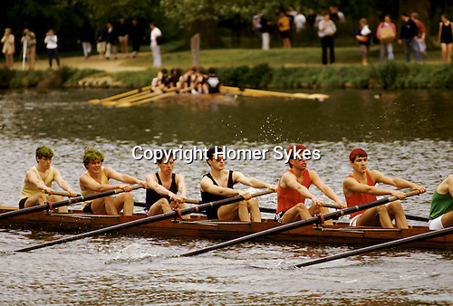 'OXFORD UNIVERSITY' 1995, OXFORD EIGHTS WEEK. OXFORD COLLEGE ROWING TEAMS RACE AGAINST EACH OTHER, 1995