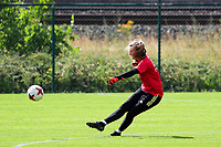 20200627 - TUBIZE , Belgium : Goal keeper Faye Lammertijn in action during a training session of the Belgian Red Flames U17, on the 27 th of June 2020 in Tubize.  PHOTO SEVIL OKTEM| SPORTPIX.BE