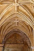Europe/France/Aquitaine/24/Dordogne/Le Buisson-de-Cadouin: Abbaye de Cadouin - Le cloître Gothique flamboyant<br /> :