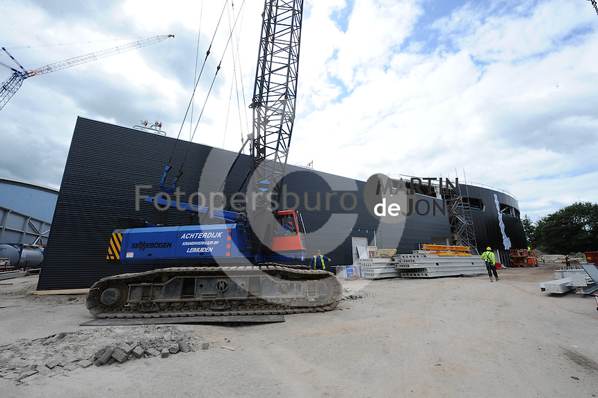 SCHAATSEN: HEERENVEEN: IJsstadion Thialf, 31-07-2015, Ver(nieuw)bouw, ©foto Martin de Jong