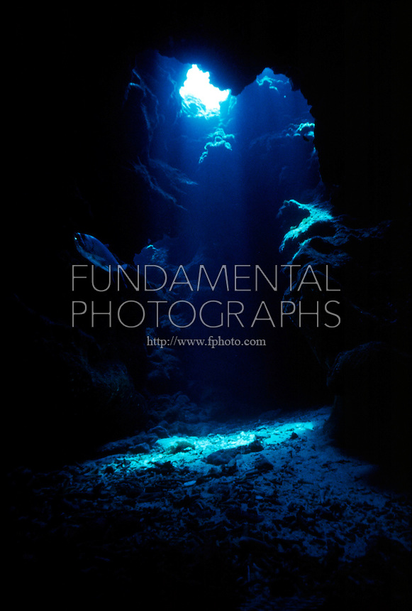 SUNBEAM IN CAVE AT DEVIL'S GROTTO<br />