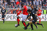 Jean-Philippe Mateta (1. FSV Mainz 05) gegen Makoto Hasebe (Eintracht Frankfurt), Gelson Fernandes (Eintracht Frankfurt), Mijat Gacinovic (Eintracht Frankfurt) - 12.05.2019: Eintracht Frankfurt vs. 1. FSV Mainz 05, 33. Spieltag Bundesliga, Commerzbank Arena, DISCLAIMER: DFL regulations prohibit any use of photographs as image sequences and/or quasi-video.