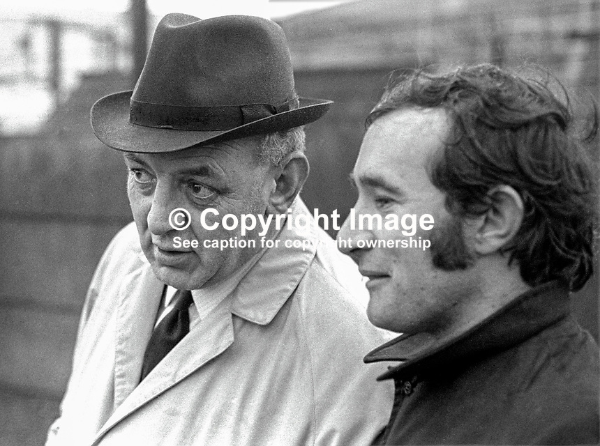 District Inspector Ross McGimpsey, RUC, N Ireland, left, who was involved in the policing of a banned civil rights march in Duke Street, Londonderry, on 5th October 1968, which turned out to be a key event in the N Ireland Troubles because television pictures of it went viral. He is seen here, on an entirely different occasion, talking to Belfast Telegraph reporter, Martin Lindsay, who went on to become that newspaper's editor. 197001160025b<br />