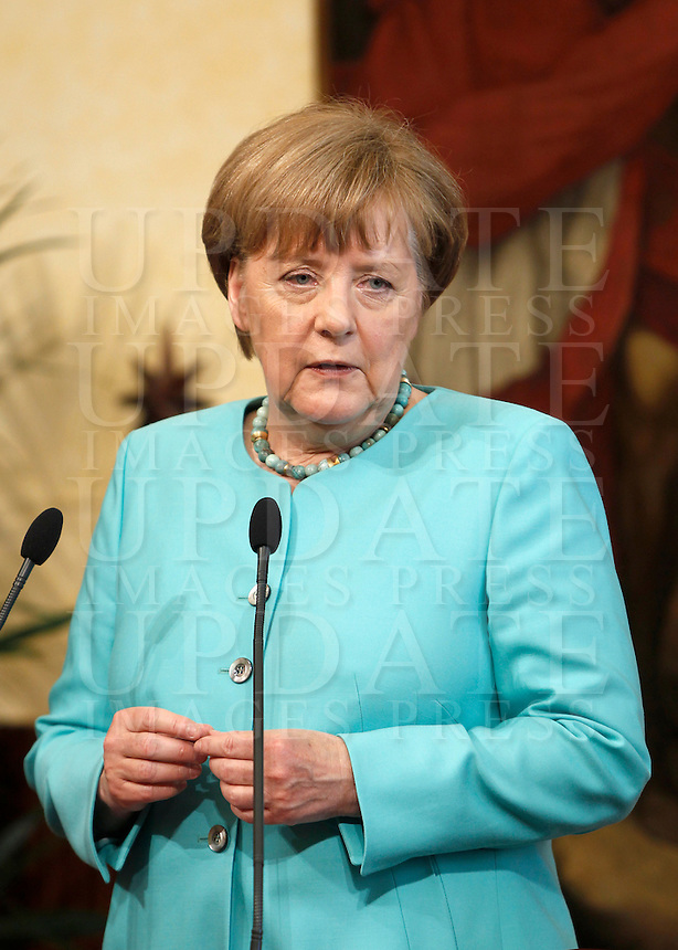 Il cancelliere tedesco Angela Merkel a Palazzo Chigi, Roma, 5 maggio 2016.<br /> German Chancellor Angela Merkel at Chigi Palace, Rome, 5 May 2016.<br /> UPDATE IMAGES PRESS/Isabella Bonotto