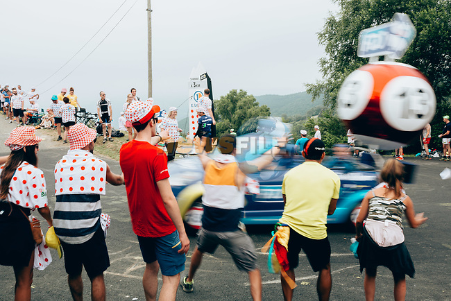 Publicity caravan hands out goodies during Stage 15 of the 2019 Tour de France running 185km from Limoux to Foix Prat d'Albis, France. 20th July 2019.<br /> Picture: ASO/Thomas Maheux   Cyclefile<br /> All photos usage must carry mandatory copyright credit (© Cyclefile   ASO/Thomas Maheux)