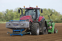 Planting potatoes in Lincolnshire <br /> &copy;Tim Scrivener Photographer 07850 303986<br /> ....Covering Agriculture In The UK....