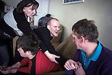 """Walentina Repitsch ist stellvertretende Direktorin eines Behindertenheims in Slawutytsch. Sie selbst ist Mutter eines """"Tschernobyl-Kindes"""", Jaroslaw. Sie ist Gegnerin der Atomkraft. In Tschernobyl ereignete sich die größte technologische Katastrophe des 20. Jahrhunderts. Ausgerechnet dort findet man heute noch die größten Anhänger der Atomkraft. / The Chernobyl catastrophe was the biggest technological catastrophe of the 20th century. It seems strange that just there you can find the biggest supporters of nuclear energy."""