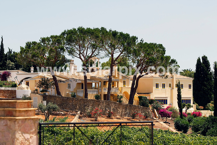 **ALL ROUND EXCLUSIVE PICTURES FROM SOLARPIX.COM**.Gvs of singer Sir Cliff Richard's Vineyard and Holiday home on the Algarve in Portugal.....JOB REF: 9347       NPP/       DATE:26.06.09.**MUST CREDIT SOLARPIX.COM OR DOUBLE FEE WILL BE CHARGED**.**NO ONLINE USAGE BEFORE FEE  AGREED**.**CALL SOLARPIX : +34 952 811 768 or LOW RATE FROM UK 0844 617 7637**.
