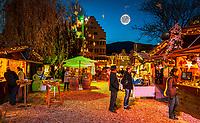 Oesterreich, Tirol, Kufstein: Weihnachtsmarkt am Stadtpark | Austria, Tyrol, Kufstein: Christmas Market at municipal park