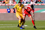Mark Milligan of Australia (L) fights for the ball with Jonathan Zorrilla of Palestine (R) during the AFC Asian Cup UAE 2019 Group B match between Palestine (PLE) and Australia (AUS) at Rashid Stadium on 11 January 2019 in Dubai, United Arab Emirates. Photo by Marcio Rodrigo Machado / Power Sport Images