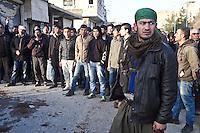 Syria, Kobane: Kurdish new arrivals come to Kobane to join the fighting against Deash.<br /> <br /> Syria, Kobane: de nouveau arrivants kurdes viennent de rentrer à Kobane afin de se joindre aux combats contre Deash.