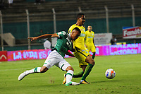 PALMASECA-COLOMBIA, 5 - 11- 2017.  Christian Rivera  (Izq.) jugador del  Deportivo Cali disputa el balón con Jhon Edison Mosquera (Der.) jugador del Atlético Nacional durante partido por la fecha 19 de la Liga Aguila II 2017 jugado en el estadio Deportivo Cali  en  Palmaseca . / Christian Rivera  (L) player of Deportivo Cali fights for the ball with Jhon Edison Mosquera (R) player of Atletico Nacional  during match for the date 19 of the Liga Aguila II 2017 played at the Deportivo Cali  Stadium in Palmaseca  . Photo:VizzorImage / Nelson Rios  / Contribuidor