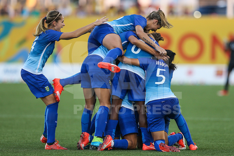 HAMILTON, CANADA, 25.07.2015 - PAN-FUTEBOL - Maurine do Brasil durante partida contra a Colombia em partida da final do futebol feminino nos jogos Pan-americanos no Estadio Tim Hortons em Hamilton no Canadá neste sábado, 25. (Foto: William Volcov/Brazil Photo Press)