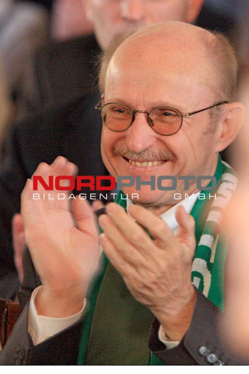 Empfang Bildungssenator Willi Lemke zum 60. Geburtstag im Bremer Rathaus<br /> <br /> Willi Lemke<br /> <br /> Foto &copy; nordphoto <br /> <br /> <br /> <br />  *** Local Caption ***