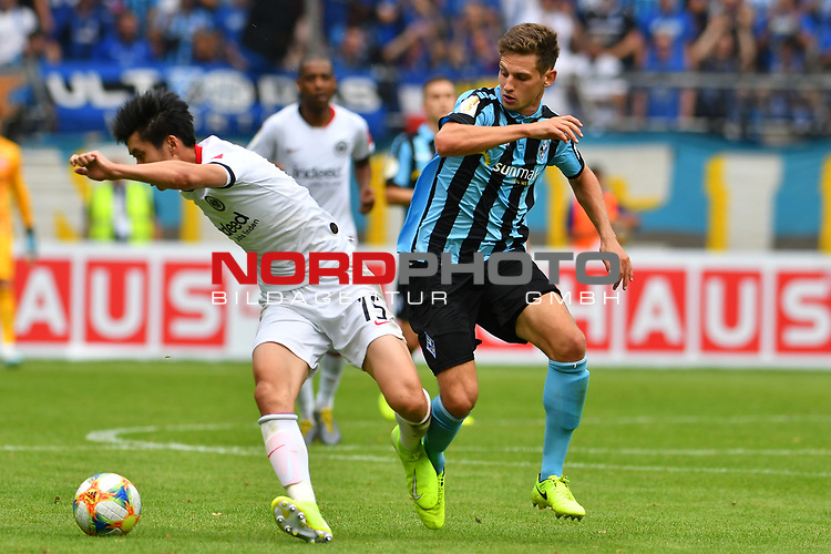 11.08.2019, Carl-Benz-Stadion, Mannheim, GER, DFB Pokal, 1. Runde, SV Waldhof Mannheim vs. Eintracht Frankfurt, <br /> <br /> DFL REGULATIONS PROHIBIT ANY USE OF PHOTOGRAPHS AS IMAGE SEQUENCES AND/OR QUASI-VIDEO.<br /> <br /> im Bild: Daichi Kamada (Eintracht Frankfurt #15). Marco Schuster (SV Waldhof Mannheim #6)<br /> <br /> Foto © nordphoto / Fabisch