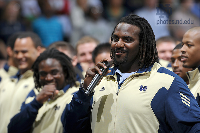 Offensive lineman and law student Chris Stewart speaks at the pep rally before the Stanford Game, Sept. 24, 2010...Photo by Matt Cashore/University of Notre Dame