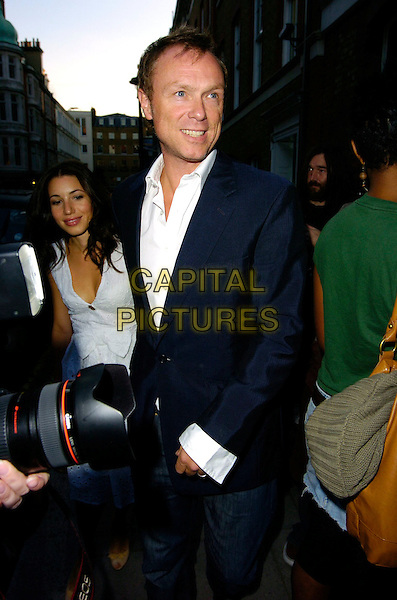 "GARY KEMP.The ""Robert Mapplethorpe: Patti & LIsa"" private view, Alison Jacques Gallery, London, UK..Septmeber 7th, 2006.Ref: CAN.half length blue suit jacket.www.capitalpictures.com.sales@capitalpictures.com.©Can Nguyen/Capital Pictures"