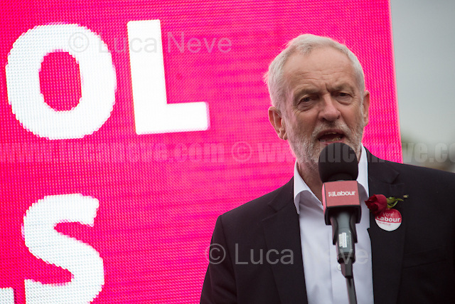 London, 07/06/2017. Documenting the last day of Jeremy Corbyn and the Labour Party electoral Campaign on the eve of the General Election 2017: Harrow.<br /> <br /> For a video of Jeremy Corbyn Speech please click here (Source, Jason N. Parkinson for Report digital, https://www.reportdigital.co.uk/): https://www.facebook.com/jason.n.parkinson/videos/10211031804124322/