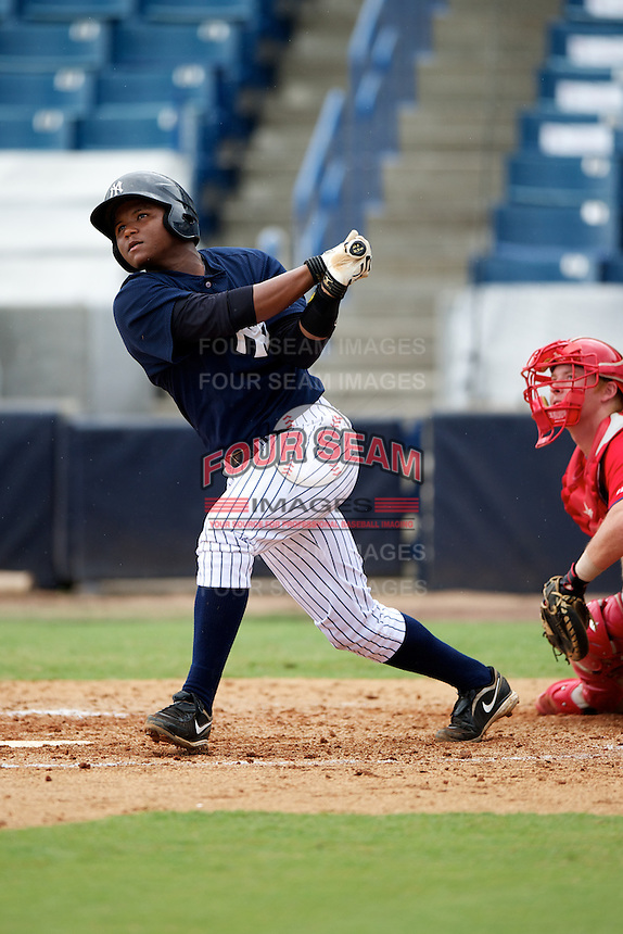 GCL Yankees Eduardo de Oleo #36 during a Gulf Coast League game against the GCL Phillies at Legends Field on July 17, 2012 in Tampa, Florida.  GCL Phillies defeated the GCL Yankees 4-2.  (Mike Janes/Four Seam Images)