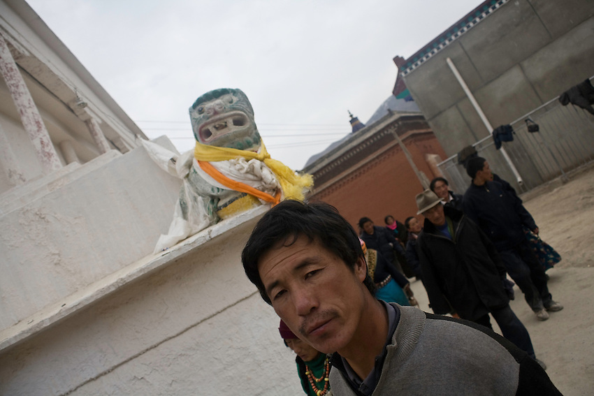 Some tibetan pilgrims around a stupa in the monastery of Labrang (Xiahe) where some riots have erupted in march 2008. Since then the town has been closed to foreigners and only reopened in october. The town is under stress while trials and condamnations in november.