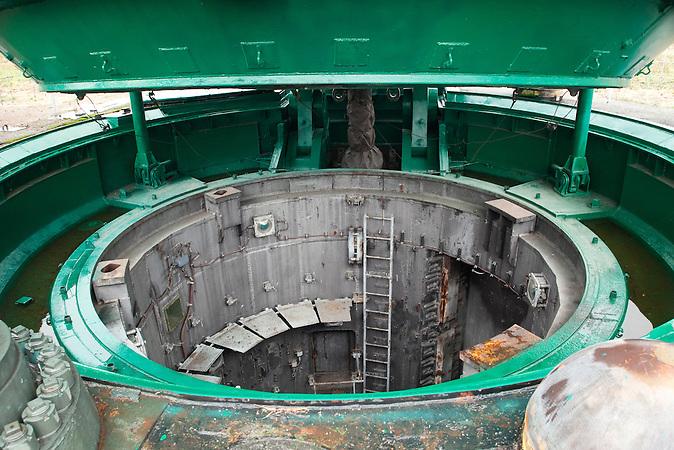 Raketenschacht / Missile shaft.