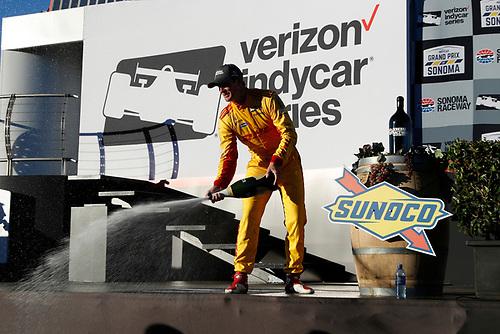 Ryan Hunter-Reay, Andretti Autosport Honda, champagne, podium