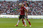 06.10.2018, HDI Arena, Hannover, GER, 1.FBL, Hannover 96 vs VfB Stuttgart<br /> <br /> DFL REGULATIONS PROHIBIT ANY USE OF PHOTOGRAPHS AS IMAGE SEQUENCES AND/OR QUASI-VIDEO.<br /> <br /> im Bild / picture shows<br /> Marvin Bakalorz (Hannover 96 #06) im Duell / im Zweikampf mit Benjamin Pavard (VfB Stuttgart #21), <br /> <br /> Foto &copy; nordphoto / Ewert