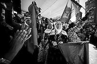 Femmes kurdes, mères de martyrs, lors de la manifestation du 1er mai 2013 à Yenisehir.<br /> <br /> Kurdish mothers of martyrs during the demonstration on 1 May 2013 Yenisehir.