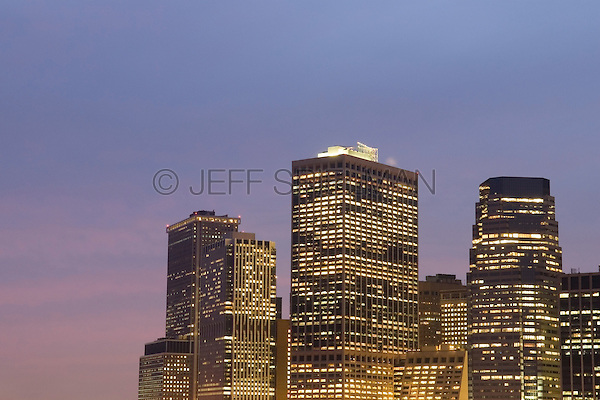 AVAILABLE FROM WWW.CORBIS.COM FOR LICENSING.  Please go to www.corbis.com and search for image # 42-31907793.<br /> <br /> <br /> <br /> Office Buildings in Lower Manhattan's Financial District with Illuminated Windows at Dusk, New York City, New York State, USA