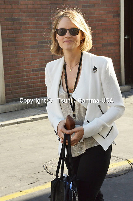 Jodie Foster   at the Paris Photo. Expo on the Paramount Lot in Los Angeles.