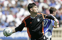 9 April 2005:  SJ Earthquakes goalkeeper Pat Onstad made one only save in this game against Chivas USA at Spartan Stadium in San Jose, California.   San Jose Earthquakes tied Chivas USA, 3-3.   Credit: Michael Pimentel / ISI