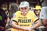 Veteran cycling fan waits at the finish of Stage 9 of the 104th edition of the Tour de France 2017, running 181.5km from Nantua to Chambery, France. 9th July 2017.<br /> Picture: ASO/Thomas Maheux | Cyclefile<br /> <br /> <br /> All photos usage must carry mandatory copyright credit (&copy; Cyclefile | ASO/Thomas Maheux)