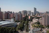 Pékin Est, troisième périphérique, district de Chaoyang.   //  Beijing East skyline, Chaoyang district.