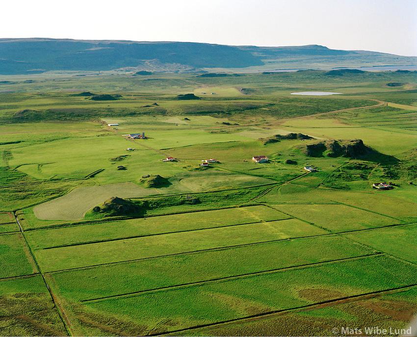 Stóra-Borg Ytri og Syðri séð til vesturs, Húnaþing vestra áður Þverárhreppur / Stora-Borg Ytri and Sydri viewing west, Hunathing vestra former Thverarhreppur.