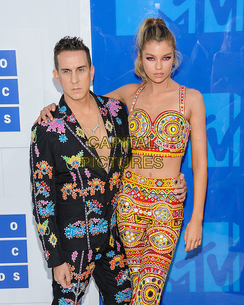 28 August 2016 - New York, New York - Jeremy Scott, Stella Maxwell.  2016 MTV Video Music Awards at Madison Square Garden. <br /> CAP/ADM/MSA<br /> &copy;MSA/ADM/Capital Pictures