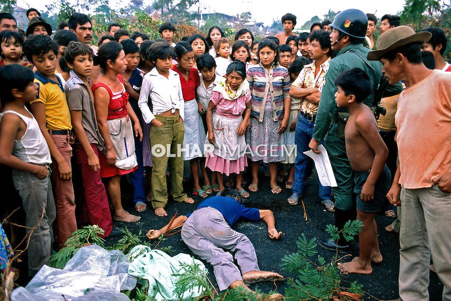 Pessoas executadas na guerra civil de El Salvador. 1981. Foto de Juca Martins.