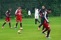 SAO PAULO, SP, 23 DE JULHO DE 2013. TREINO SPFC. o time  do São Paulo Futebol Clube durante treino no Centro de Treinamento na Barra Funda, zona oeste da capital paulista.  FOTO ADRIANA SPACA/BRAZIL PHOTO PRESS.