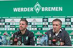 08.11.2018, Weserstadion, Bremen, GER, 1.FBL, PK SV Werder Bremen<br /> <br /> im Bild <br /> Florian Kohfeldt (Trainer SV Werder Bremen), Frank Baumann (Gesch&auml;ftsf&uuml;hrer Fu&szlig;ball Werder Bremen) <br /> bei PK / Pressekonferenz vor dem Heimspiel gegen Borussia Moenchengladbach, <br /> <br /> Foto &copy; nordphoto / Ewert