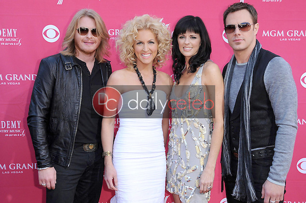 Little Big Town<br />at the 44th Annual Academy of Country Music Awards. MGM Grand Garden Arena, Las Vegas, NV. 04-05-09<br />Dave Edwards/DailyCeleb.com 818-249-4998